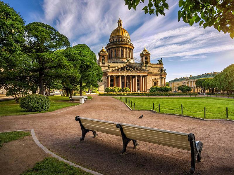 Пешеходная экскурсия по центру Санкт-Петербурга с гидом